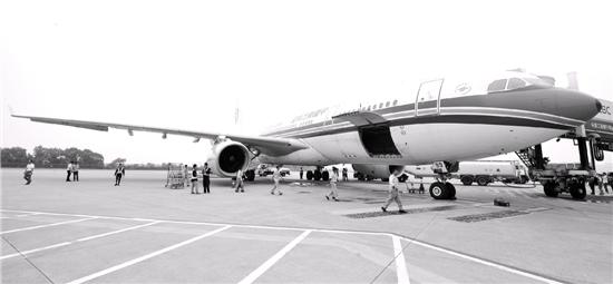 昨天中午12点50分,mu7981航班满载259名旅客,从宁波栎社国际机场