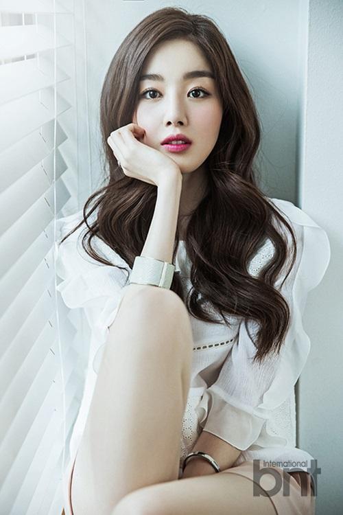 Secret成员韩善花拍写真 少女变熟女散感性魅惑