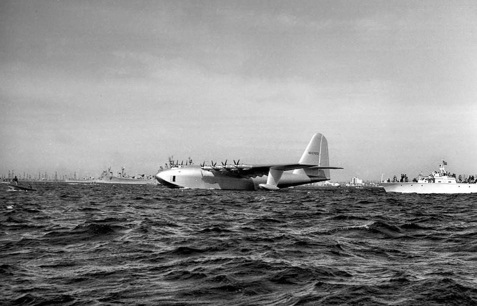 """美国休斯公司h-4""""大力神""""号水上飞机"""