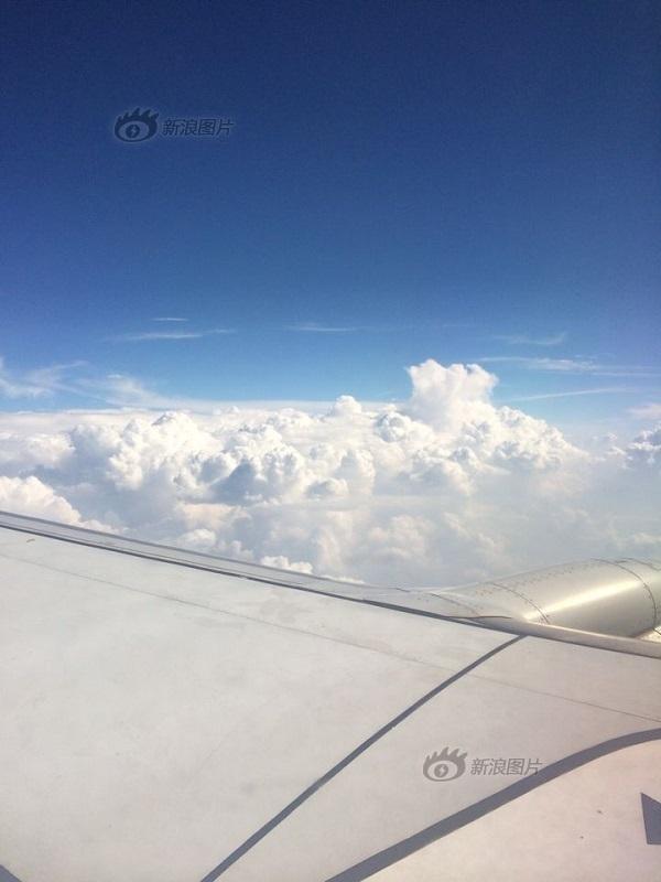 乘客飞机上拍摄北京霾层顶部(组图)