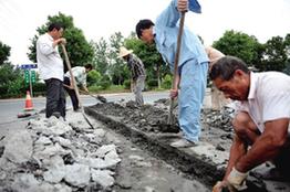 秀洲:修建路邊井 馬路防積水