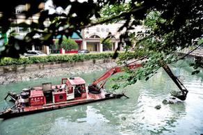 秀洲:清淤船駛進主城區