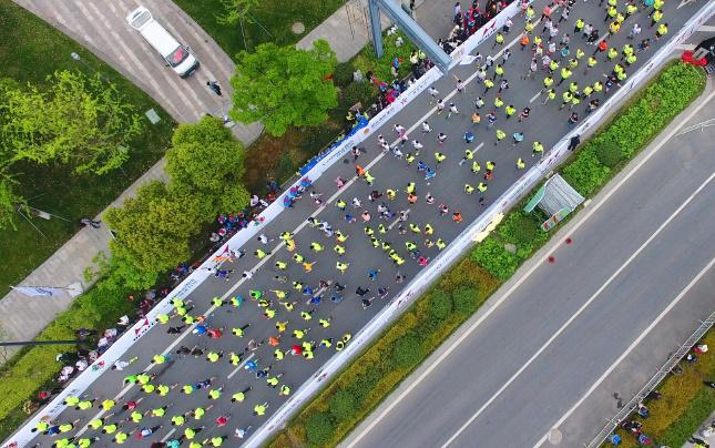 航拍2017太湖图影国际半程马拉松赛