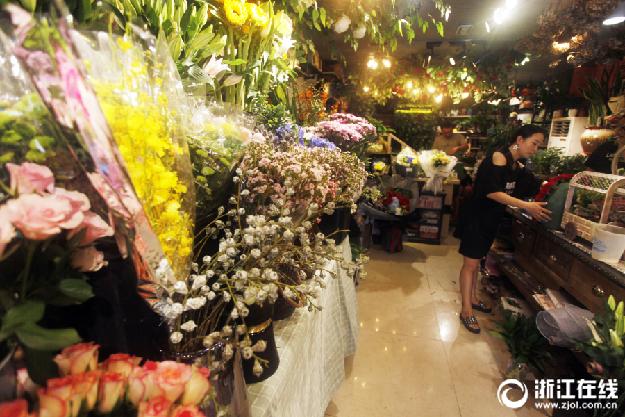桐庐:七夕到 鲜花俏