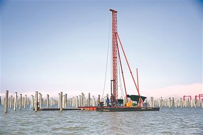 """象山最大""""渔光互补""""项目开工 将形成""""上面发电、下面养殖""""的建设模式"""
