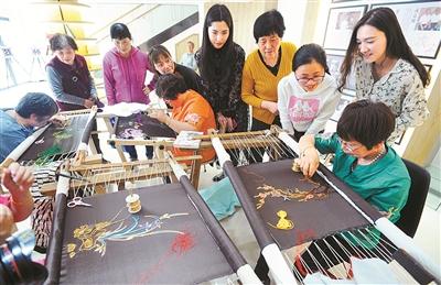 传统工艺 展工匠精神
