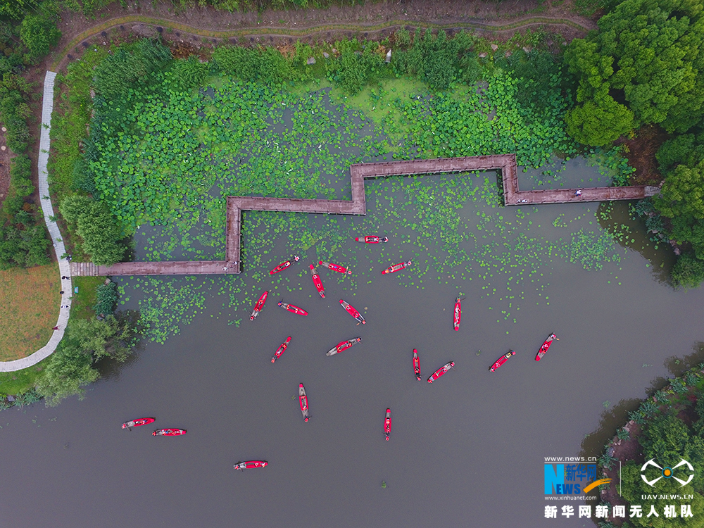 鐘管鎮首屆鄉村旅遊文化節在浙江德清舉行