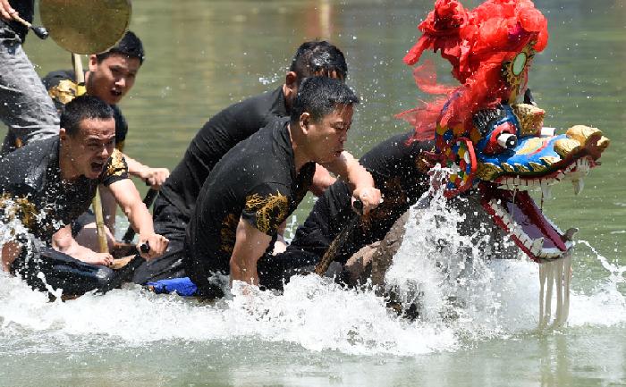 杭州163条龙舟竞渡闹端午