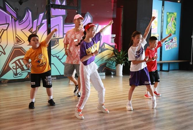 儿童街舞电影《止歌为舞》在宁波开机