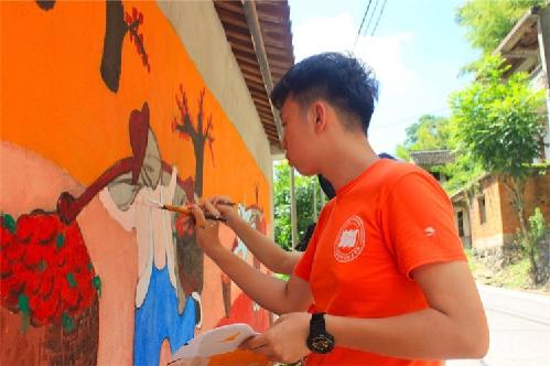 宁波:手绘甬城9年 用笔尖助力美丽乡村建设