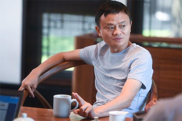 新华社专访马云:已识乾坤大,犹怜草木青