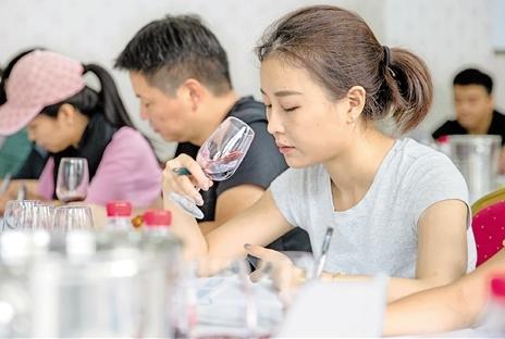 助力归侨创业 服务侨乡经济 青田打造地方特色技能人才