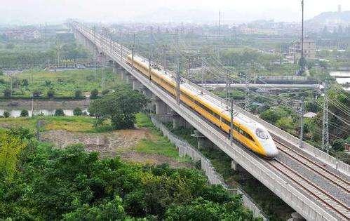 杭黃鐵路開始列車運行圖參數測試 全線開通運營進入倒計時