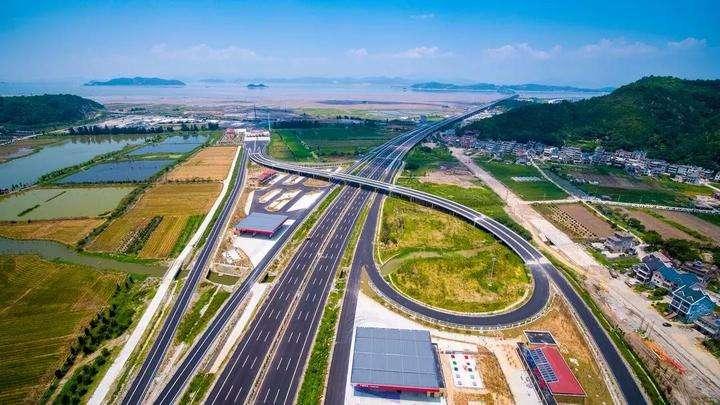 """打通沿海""""大動脈"""",浙江沿海高速公路正式通車"""