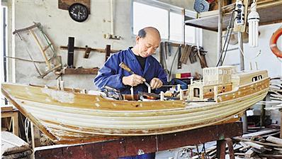 船模老匠人巧手复刻木船时代
