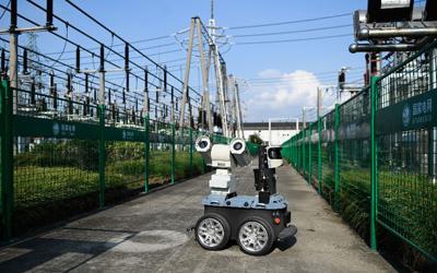 浙江:应对持续高温 密集巡检设备
