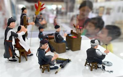 杭州:民间工艺美术佳作荟萃