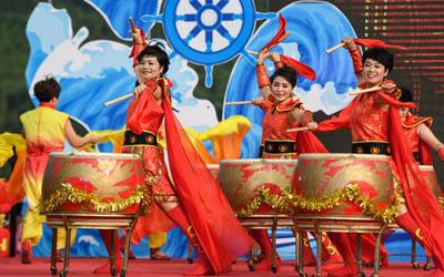 浙江:渔民庆典迎开渔