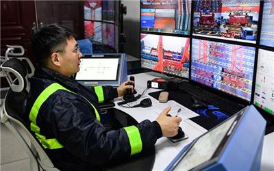 宁波舟山港年吞吐量超11亿吨